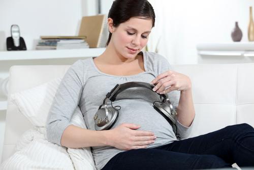 muzikoterapia-tehotenstvo