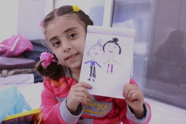 barelové-bomby-sýrske-dievča-Hanan