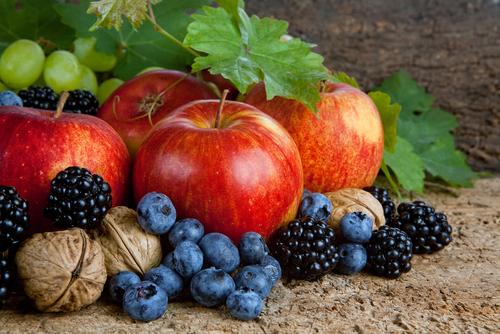 ovocie orechy
