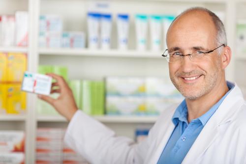 SLeK ocení farmaceutov muž