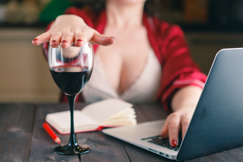 ibuprofén dávkovanie paracetamol účinky alkohol