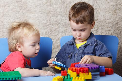 prvá pomoc dusenie dieťa dusí malé predmety