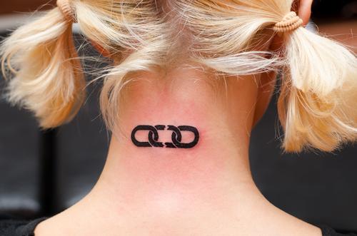 tetovanie starostlivosť zápal masť infekcia