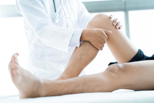 príznaky artrózy reumy