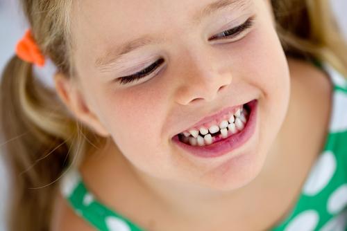 prerezávanie trvalých zubov