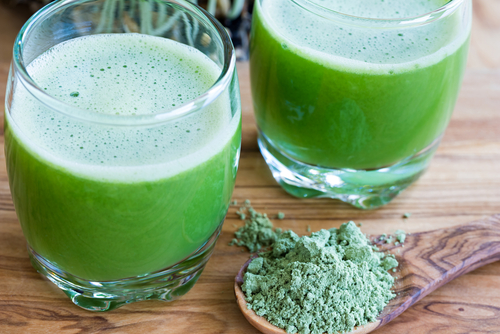 zelený jačmeň nápoj prášok