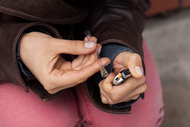 fajčenie kokaínu