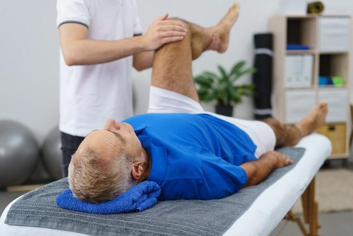 voda v kolene liečba
