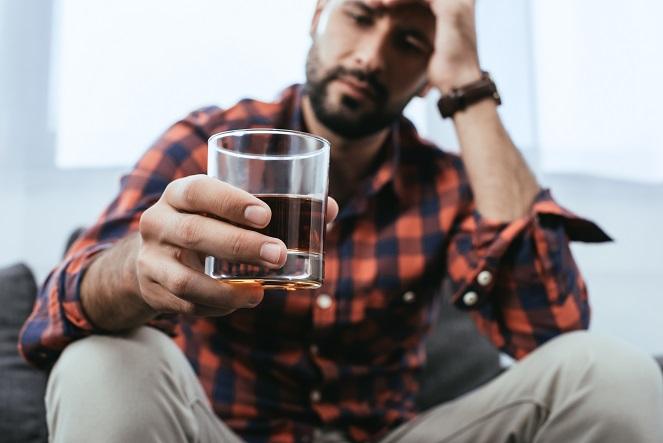 čo neutralizuje alkohol
