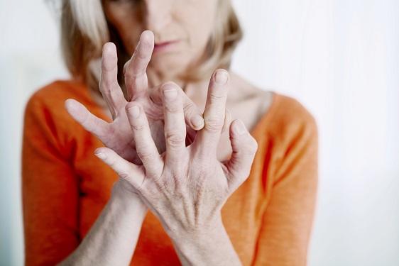 kostné-výrastky-na-prstoch