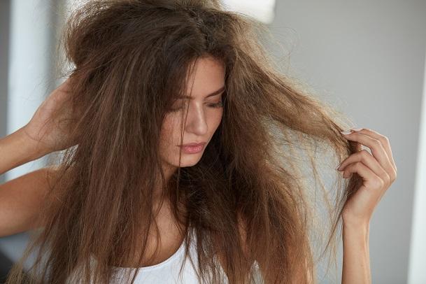 vypadávanie-vlasov-u-dievčat