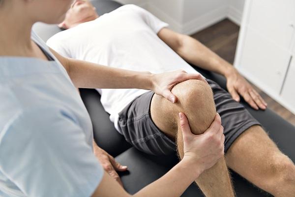 operácia-kolenného-kĺbu-rekonvalescencia