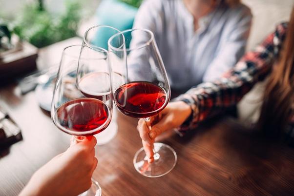 rakovina-hrubého-čreva-a-konečníka-prognoza-alkohol