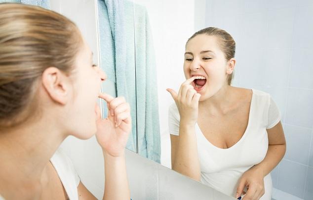 ako-odstrániť-zubný-kameň-doma
