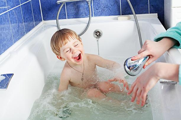 mýty-o-koronavíruse-horúci-kúpeľ