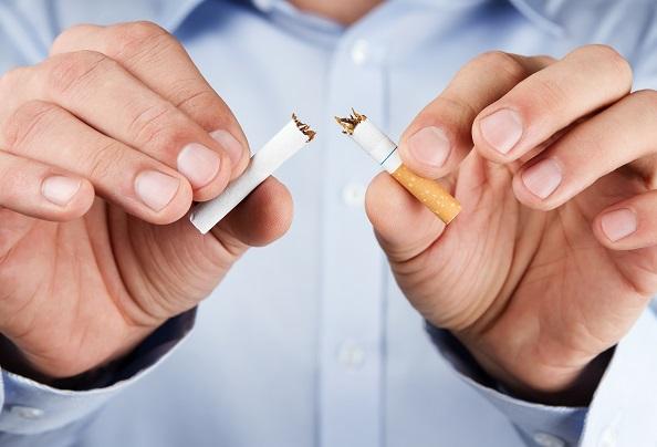 zubný-kameň-fajčenie