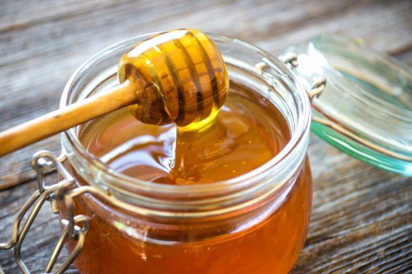 produkty-včiel-med-včelí-peľ-materská-kašička
