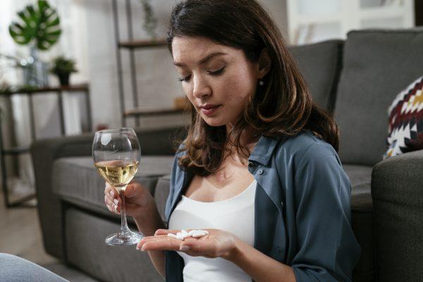 otrava alkoholom sedatíva