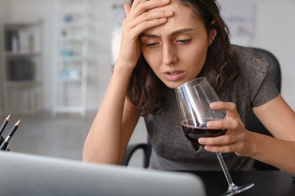 abstinenčné príznaky alkoholika