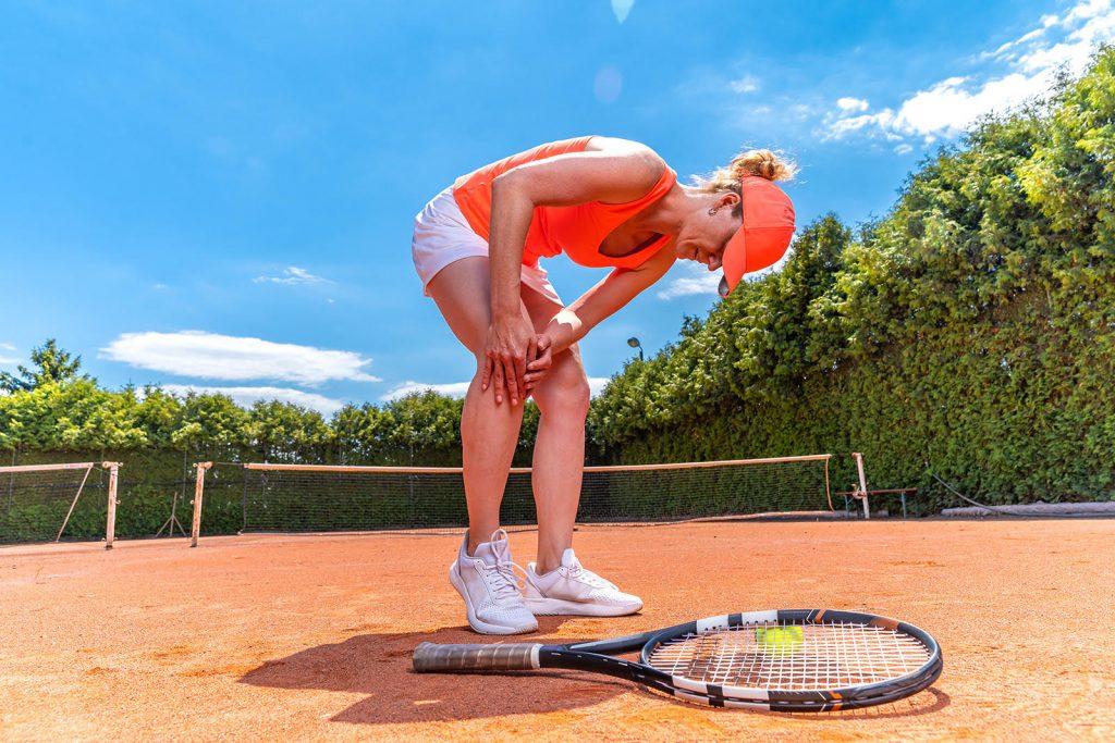 Zranenie kolena pri tenise