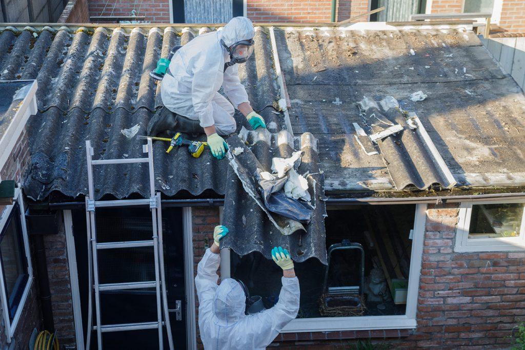 Odstraňovanie azbestovej strechy